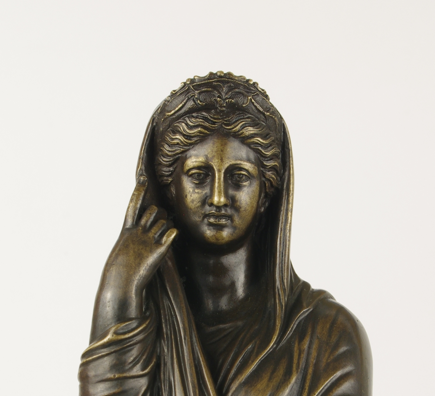 View 6: Grand Tour Bronze Figure of Pudicity, c. 1890