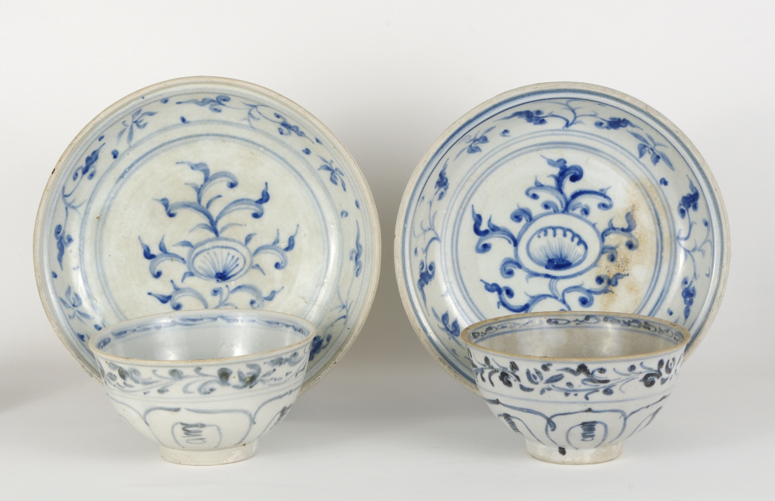 View 8: Two Blue and White Serving Dishes from the Hoi An Hoard, c. 1500