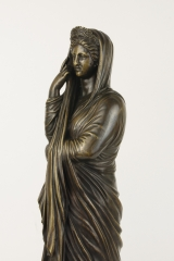 View 5: Grand Tour Bronze Figure of Pudicity, c. 1890